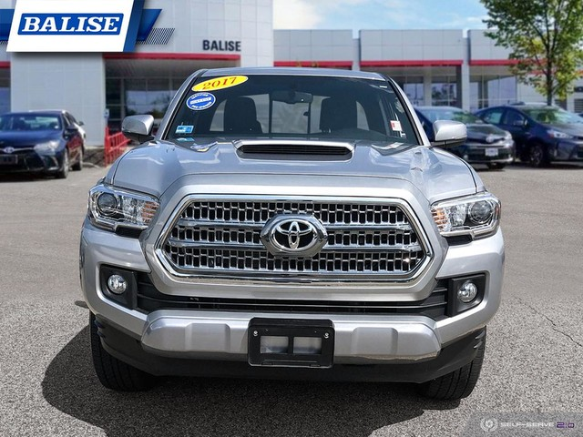 Pre-Owned 2017 Toyota Tacoma Access Cab TRD Sport